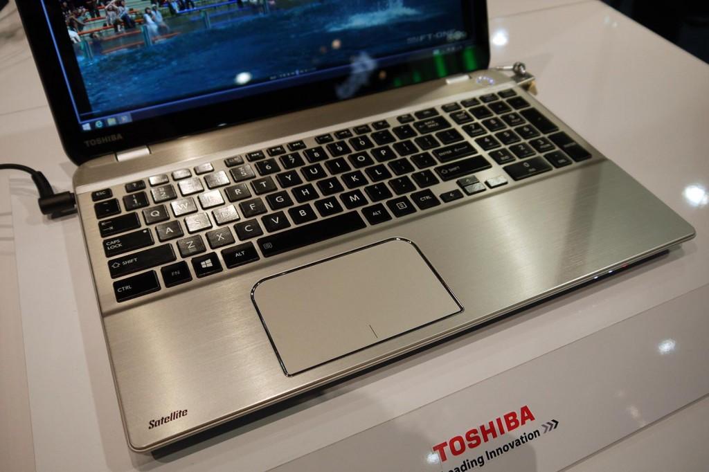 Toshiba Satellite P55t