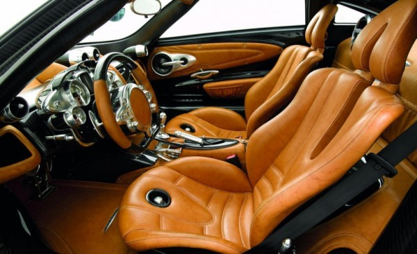 Lamborghini-Gallardo-interior